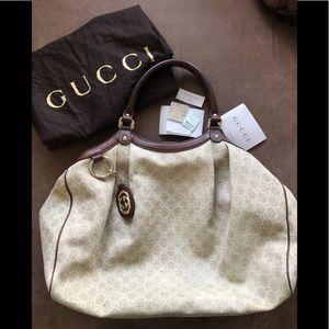 Large Gucci Sukey